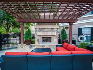 Lounge at Listing #138804
