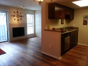 Living/Kitchen at Listing #135635