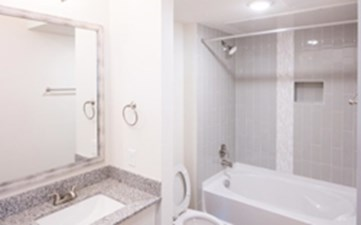 Bathroom at Listing #293425