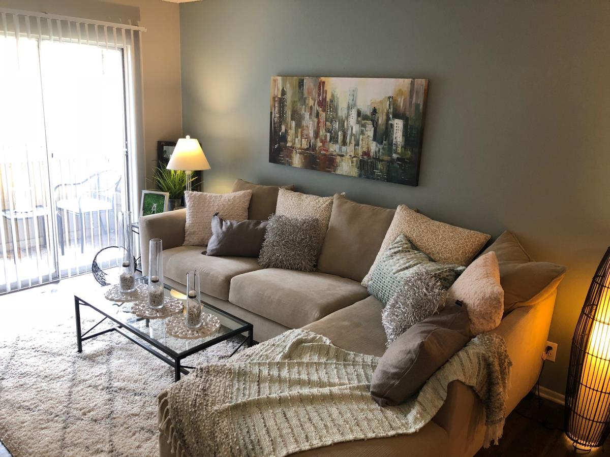 Living at Listing #140956