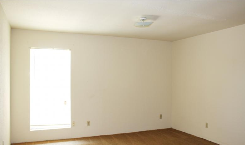 Bedroom at Listing #139374