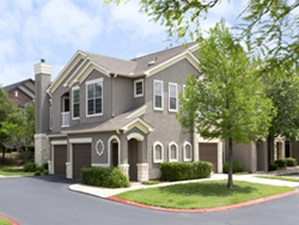 Exterior at Listing #143394