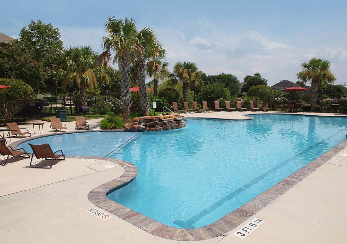 Pool at Listing #144051
