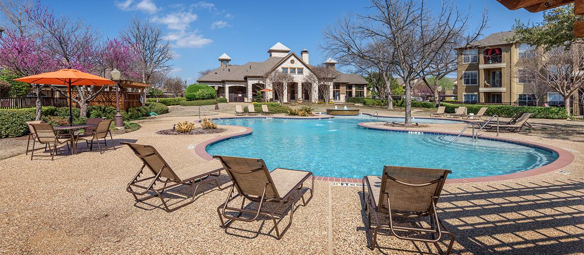 Pool at Listing #137997