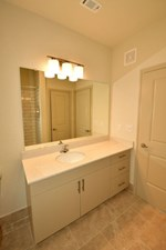 Bathroom at Listing #293380