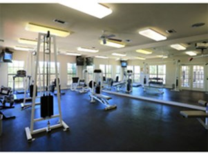 fitness center at Listing #141462