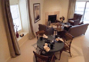 Dining at Listing #136614