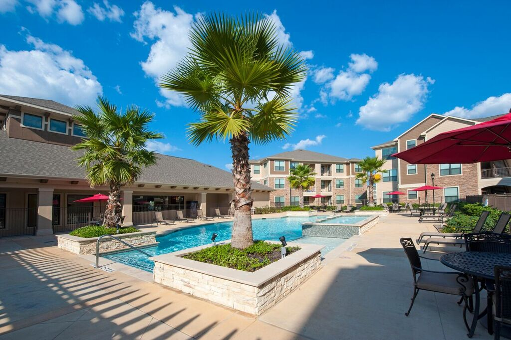 Oaks at Northpointe Apartments Tomball TX
