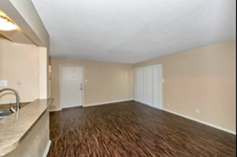 Living at Listing #136928