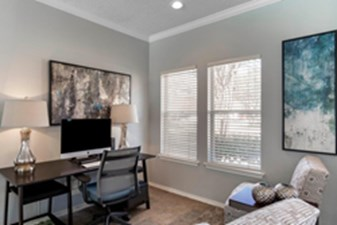 Business Center at Listing #136984