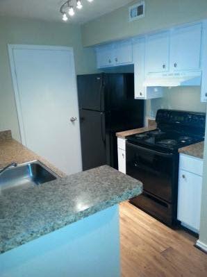 Kitchen at Listing #138532