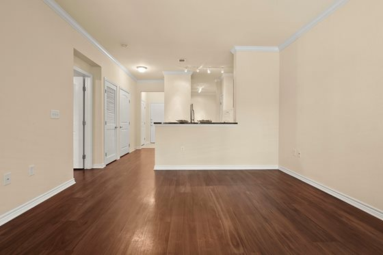 Living at Listing #145152