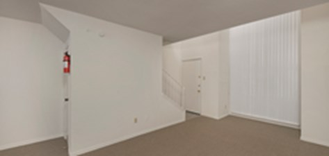 Living at Listing #139843