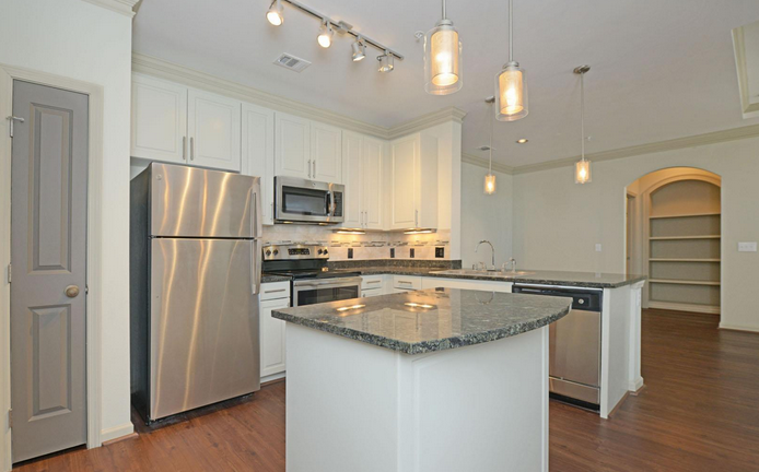 Kitchen at Listing #231521