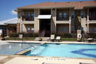 Pool at Listing #289562