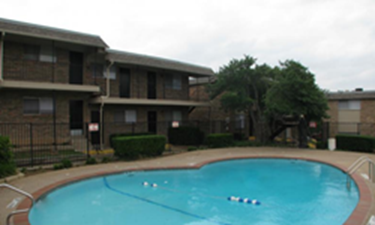 Pool at Listing #137451