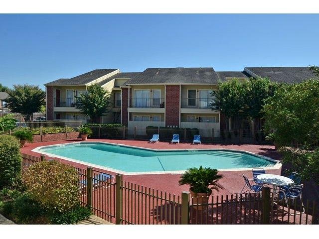 Pool at Listing #139747