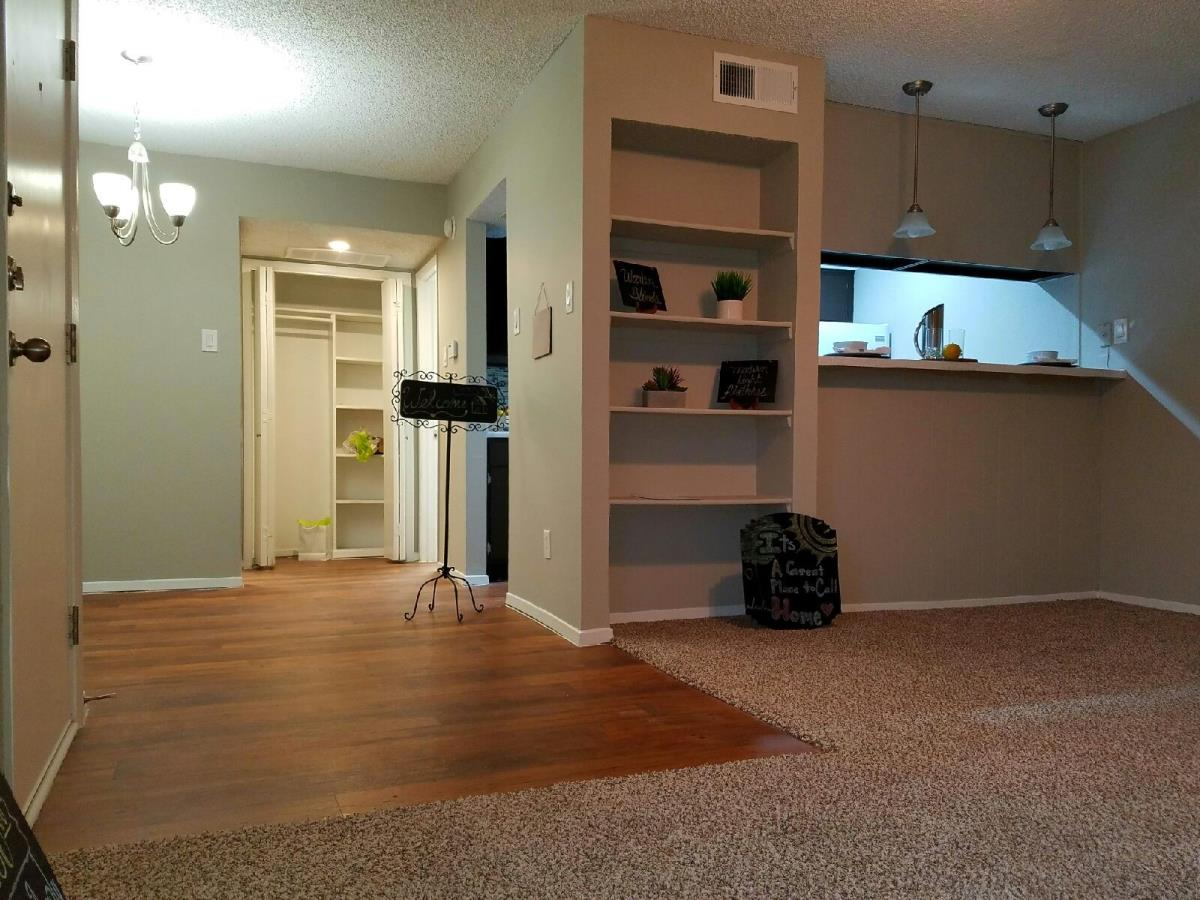 Living/Dining at Listing #136846