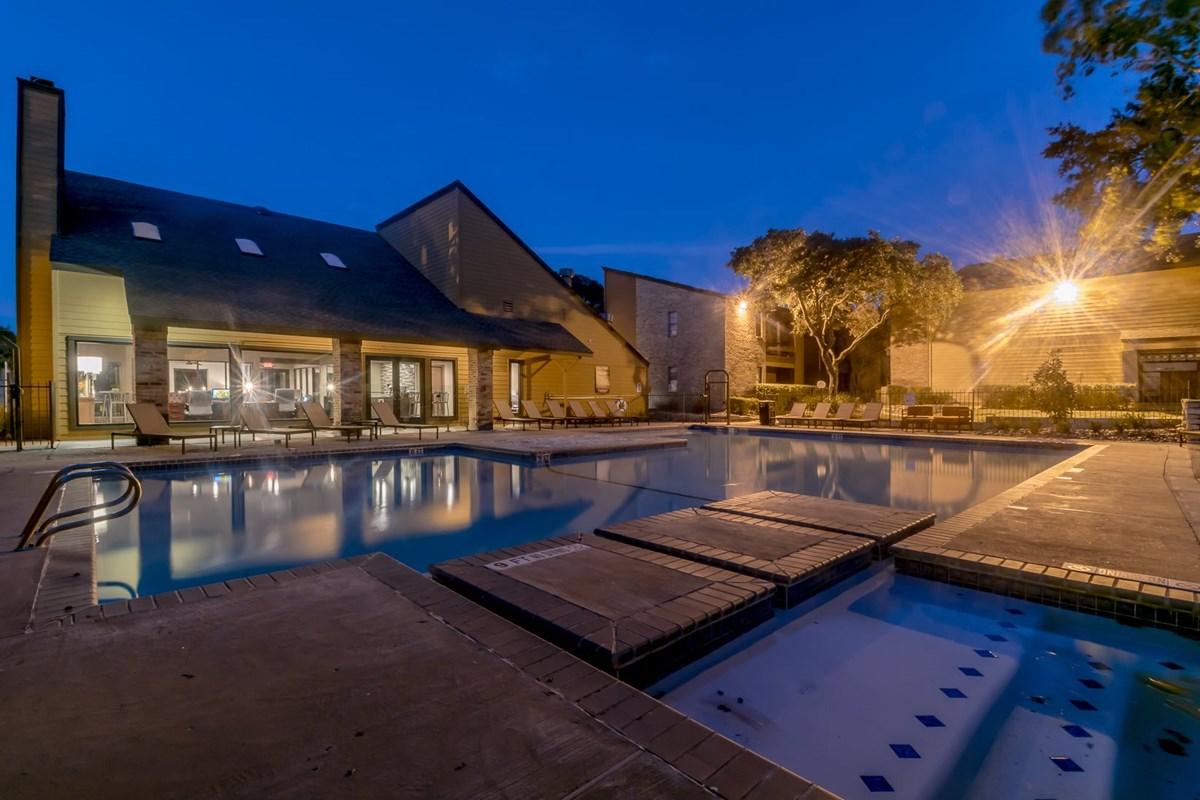 Pool at Listing #140869
