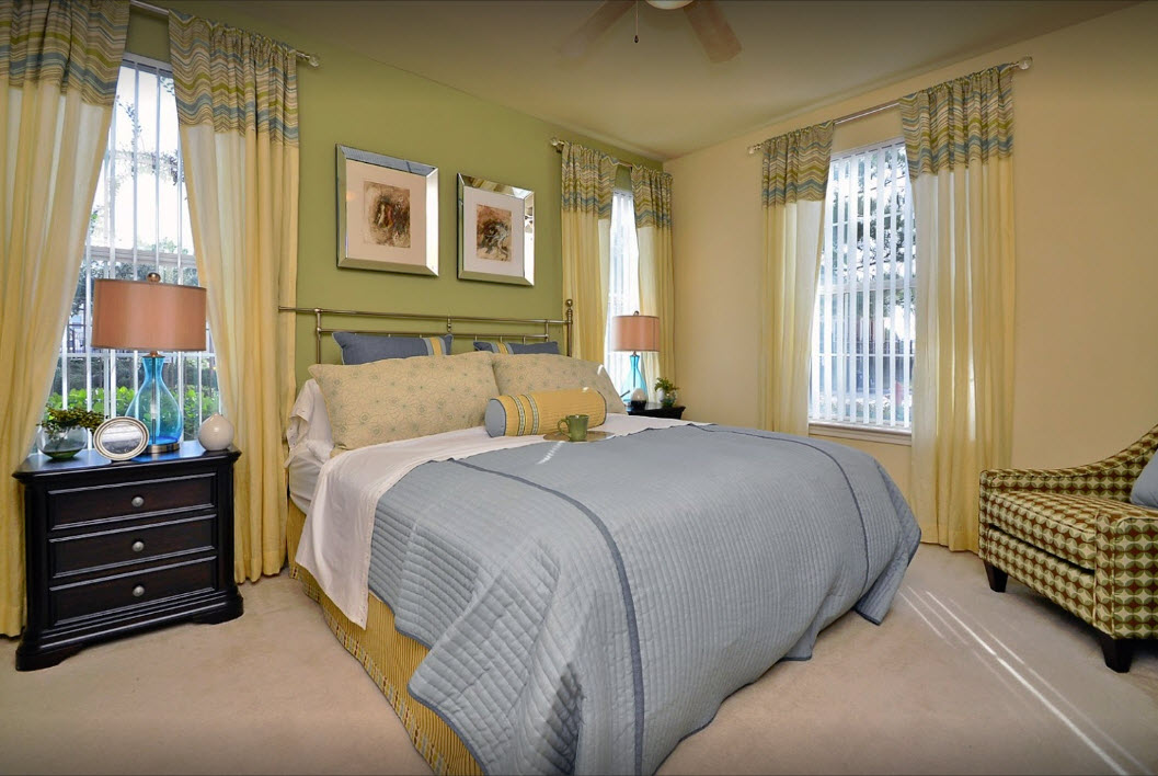 Bedroom at Listing #144814