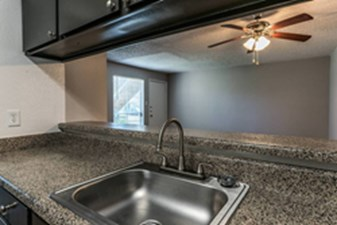 Park at Clear Lake I Houston - $795+ for 1 & 2 Bed Apts