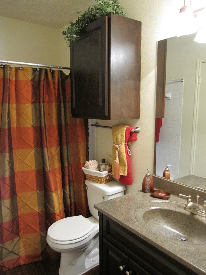 Bathroom at Listing #136254
