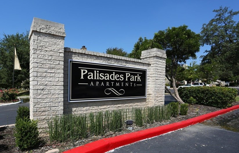 Palisades Park Apartments