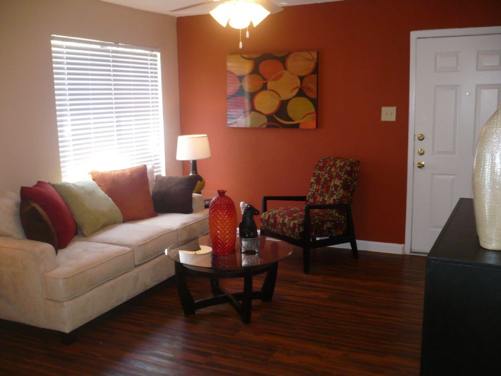 Living at Listing #136161