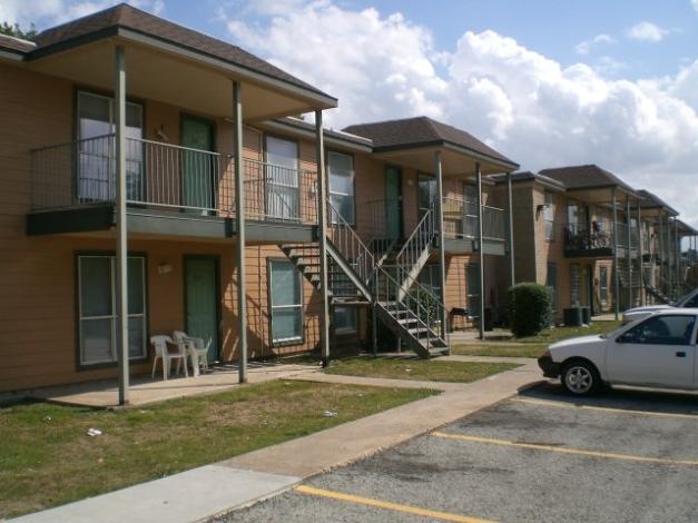 Casa Rosa Apartments Houston, TX