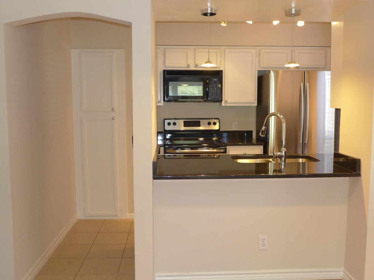 Kitchen at Listing #235438