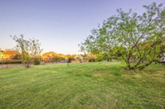 Courtyard at Listing #136216