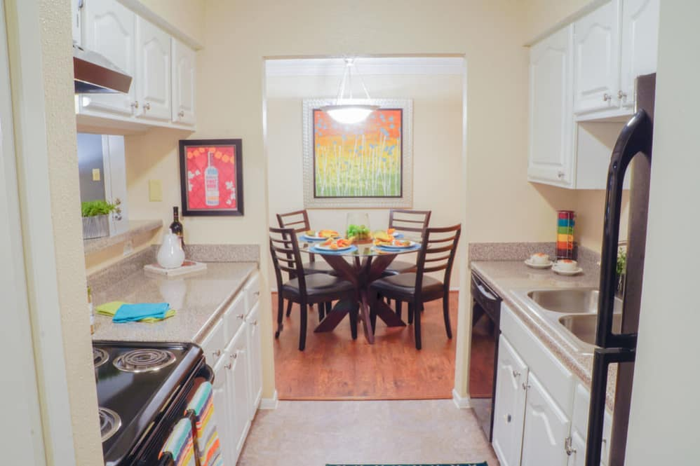 Dining/Kitchen at Listing #144540
