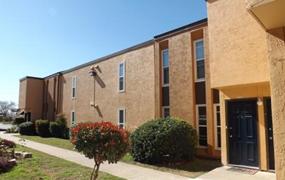 Broadway Place Apartments San Antonio TX