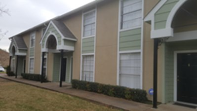 Exterior at Listing #136541
