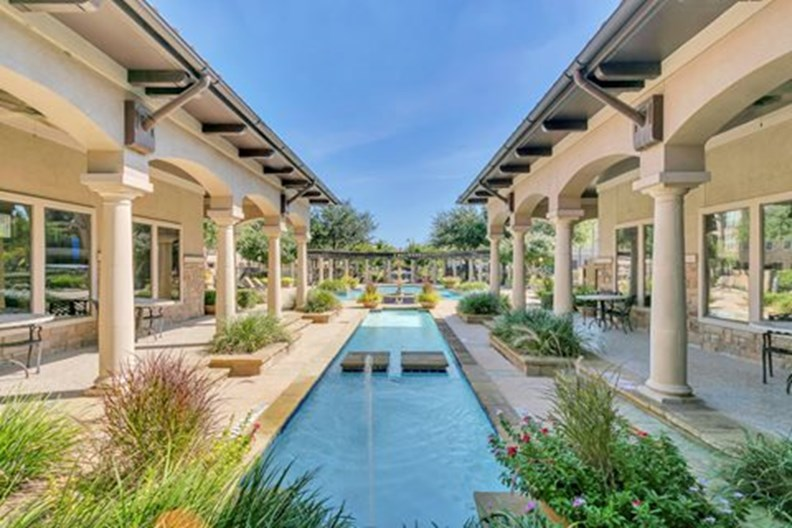 La Villita Landings Apartments