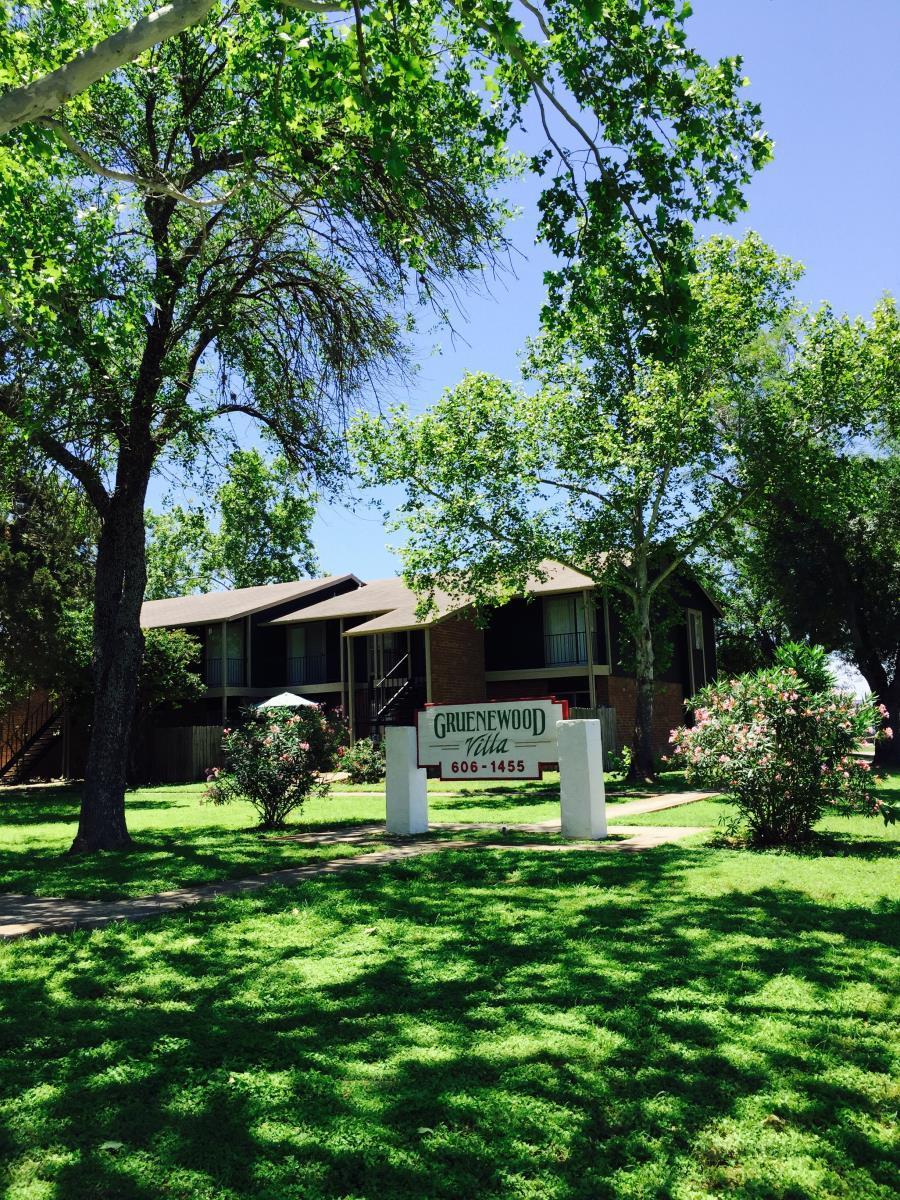 Gruenewood Villa Apartments New Braunfels TX