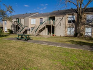 Exterior at Listing #138452