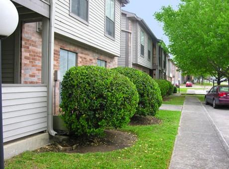 Village Green Apartments San Marcos TX