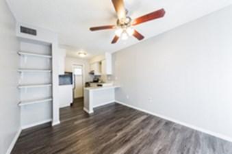 Living/Kitchen at Listing #150625