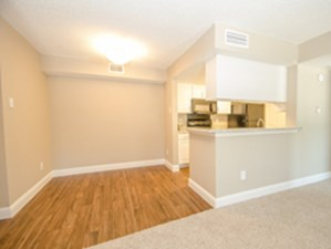Dining at Listing #135846