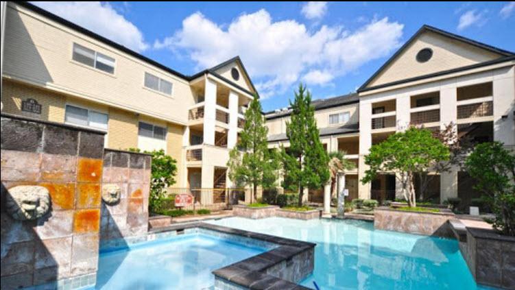 Le Renaissance Apartments Houston TX