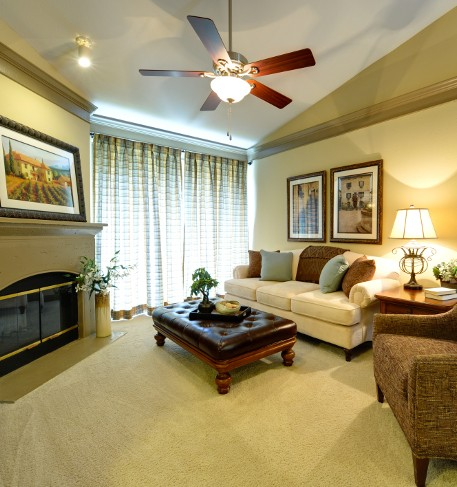 Living at Listing #140606