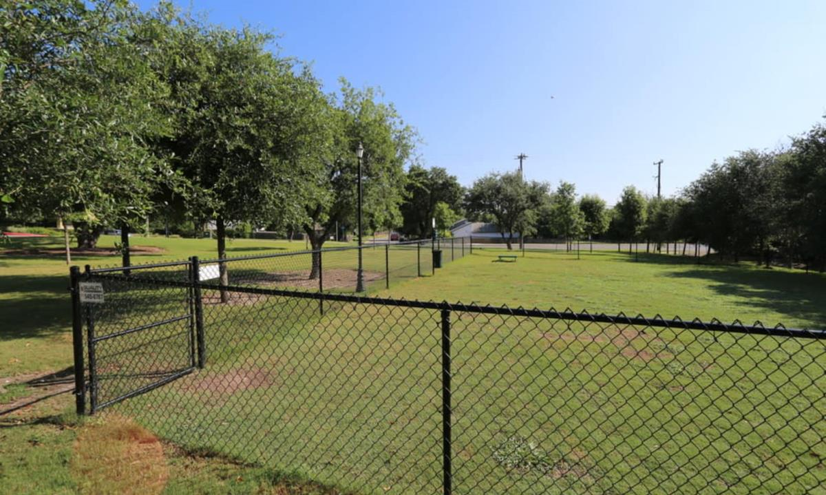 Dog Park at Listing #146117
