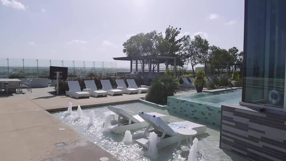 Pool at Listing #151554