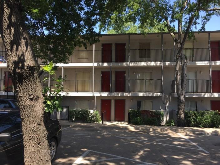 Oak Hollow Ii Apartments