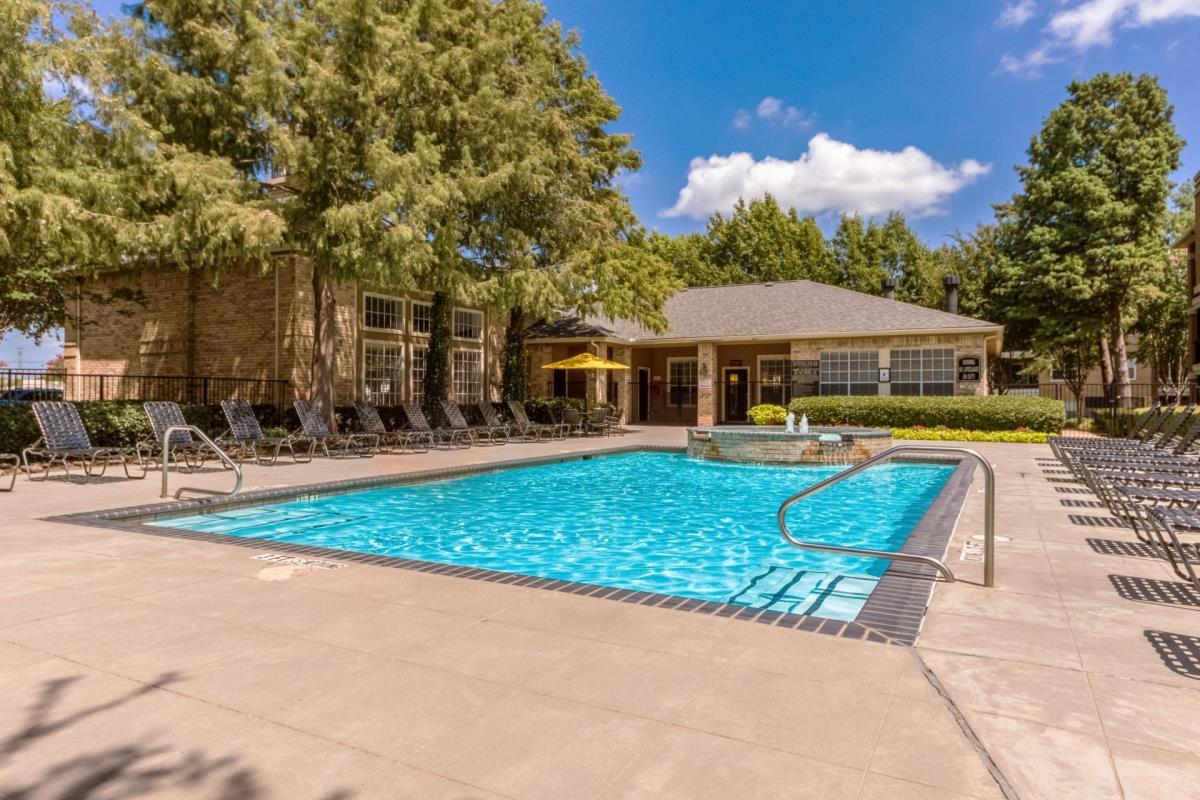 Pool at Listing #137691