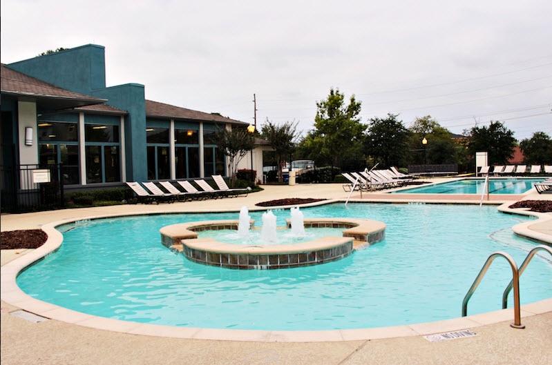 Pool at Listing #144995