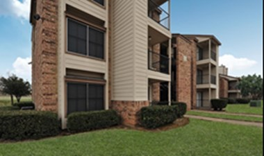 Exterior at Listing #135690