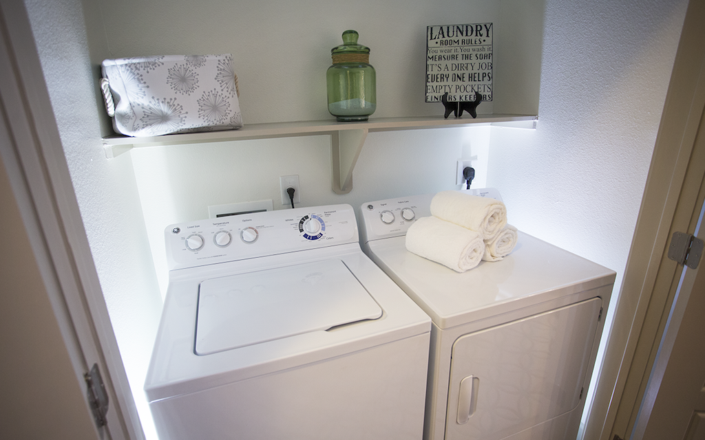 Laundry at Listing #229090