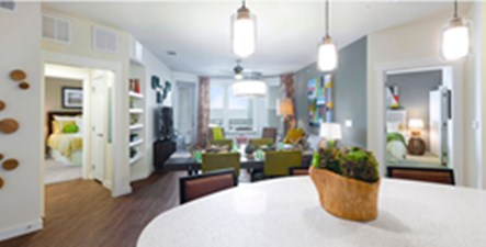 Living at Listing #253710